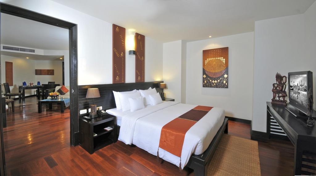 Отель Tara Angkor Hotel Сиемреап