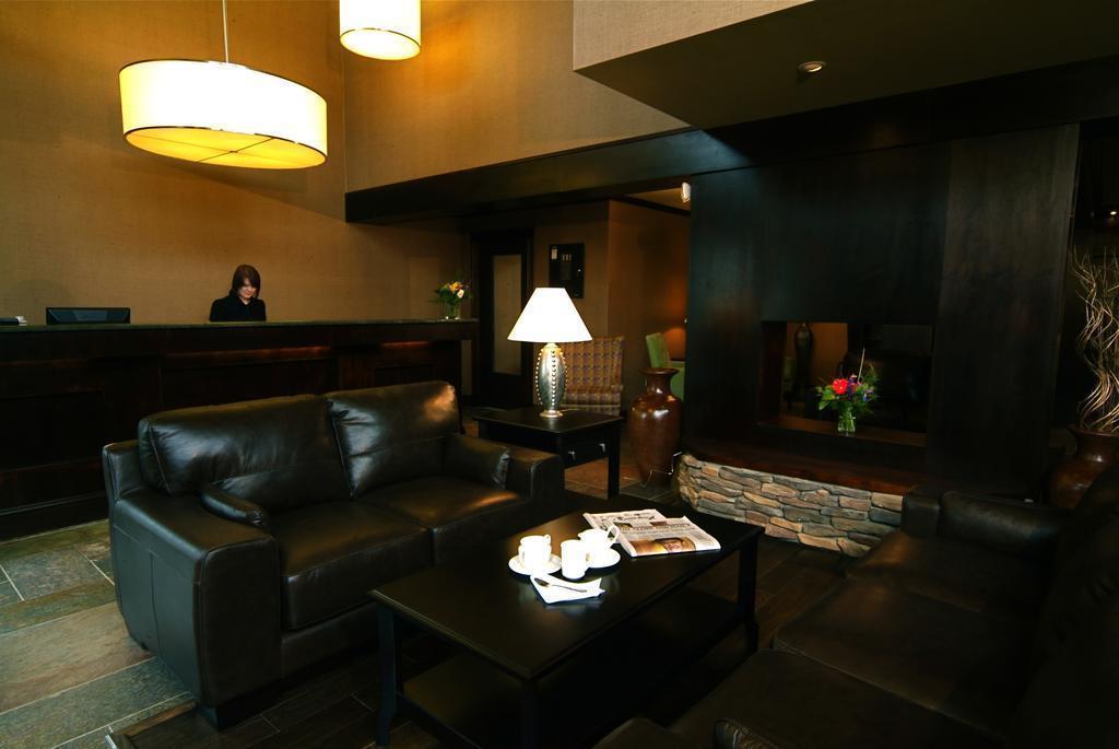 Фото The Hotel On Pownal Канада Банфф