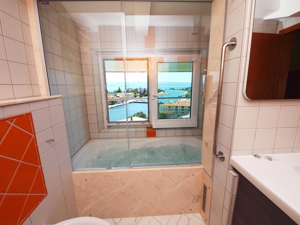 Отель Villa Dvor Hotel Хорватия Омиш Pивьера
