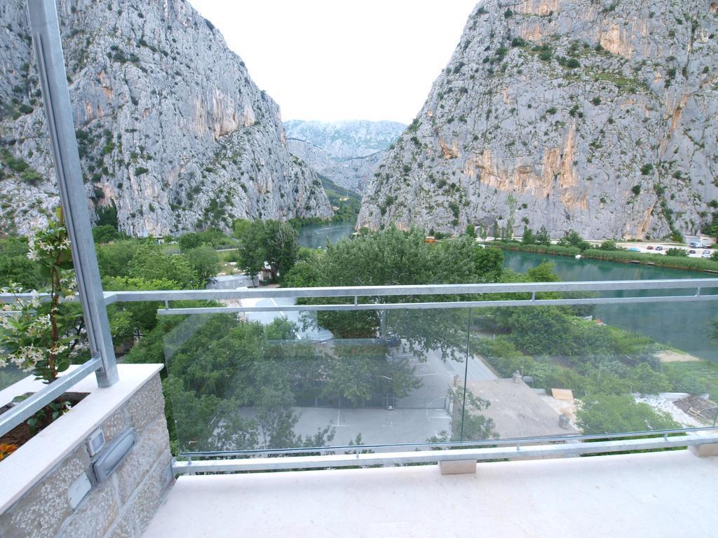 Фото Villa Dvor Hotel Хорватия Омиш Pивьера