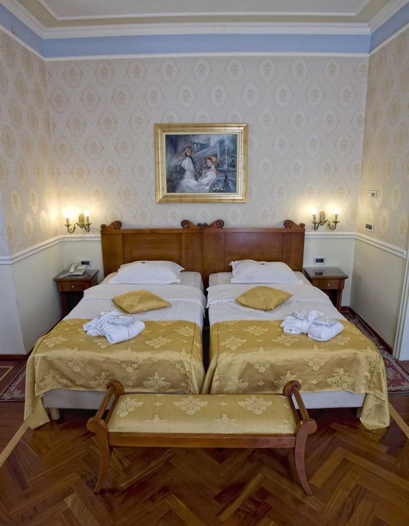 Фото Sveti Jakov Hotel