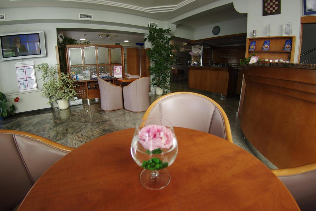 Отель Villa Marija Хорватия Тучепи