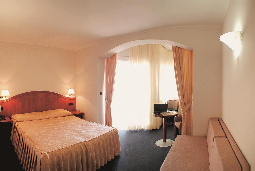 Отель Villa Marija Тучепи