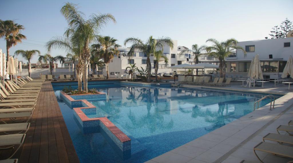 Фото Tsokkos Holiday Apts Кипр Айя-Напа