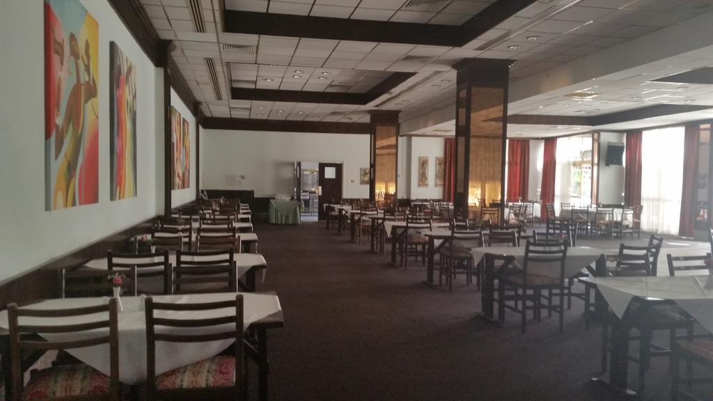 Crown Resorts Henipa Кипр Ларнака