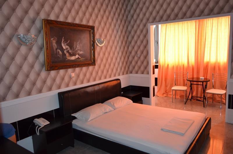 Vergi Hotel Ларнака
