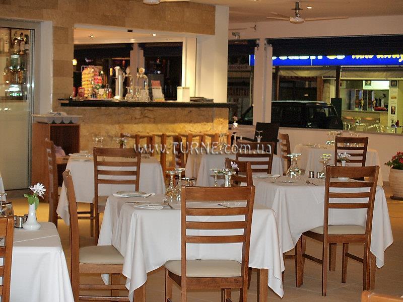 Отель Daphne Hotel Кипр Пафос