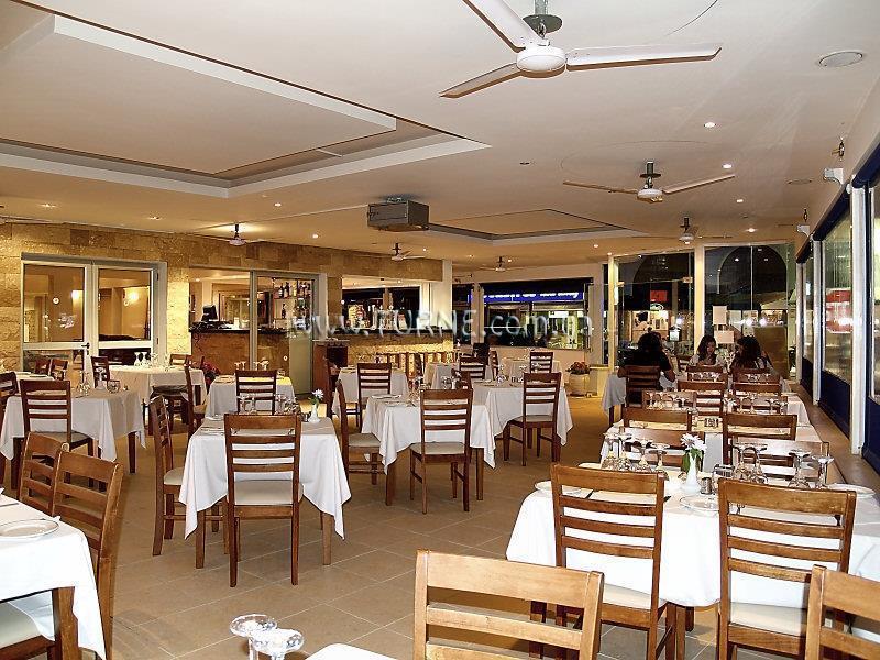 Daphne Hotel Пафос