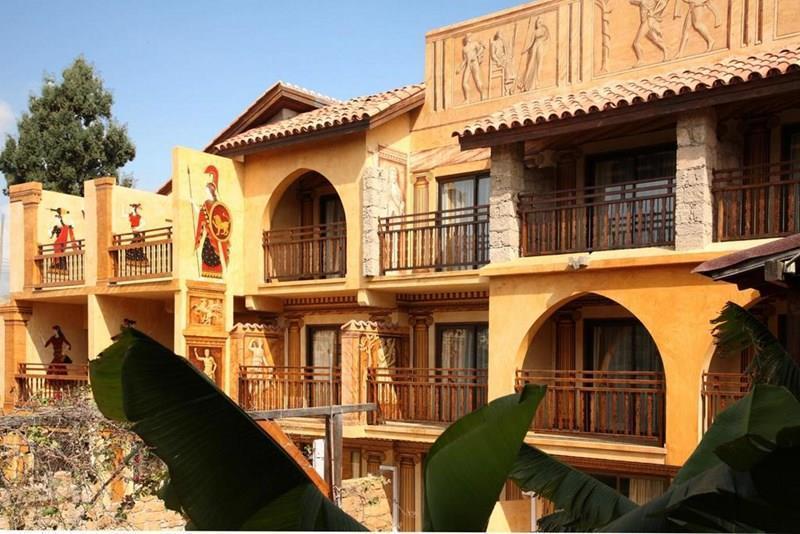 Отель Roman Пафос