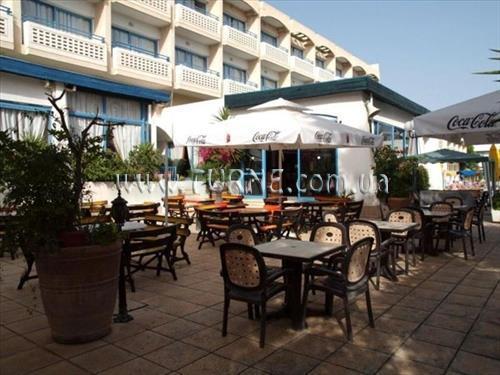 Отель Paphiessa Hotel & Apartments Пафос