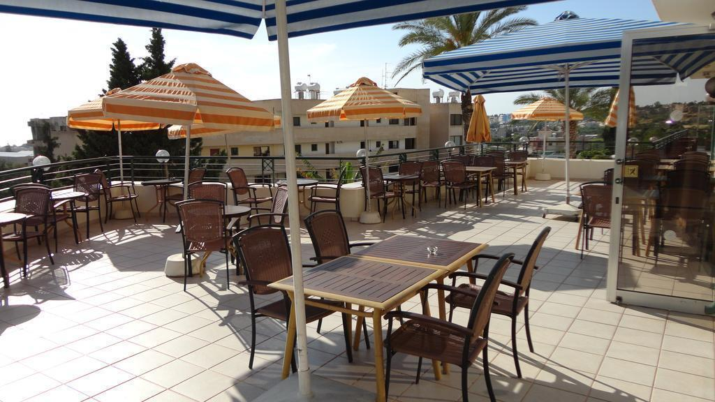 Отель Agapinor Hotel Пафос
