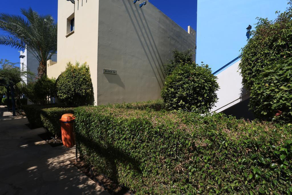 Отель Eleni Holiday Village Category A Пафос