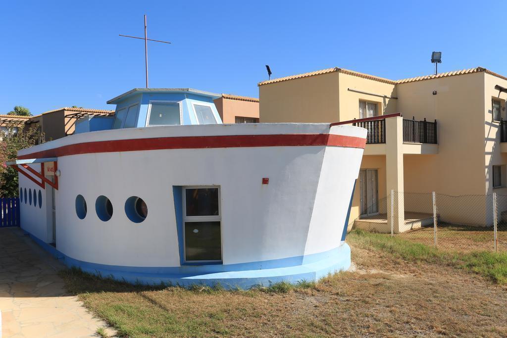 Фото Eleni Holiday Village Category A Пафос