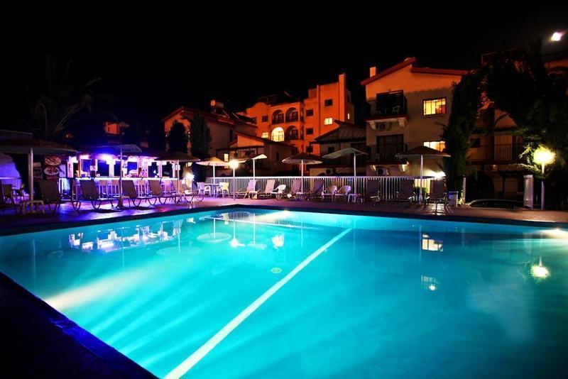 Отель Windmills Hotel Apartments Протарас