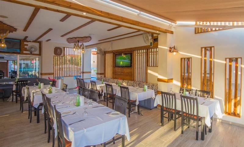 Фото Windmills Hotel Apartments Кипр Протарас