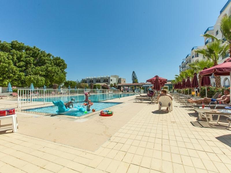 Фото Crown Resorts Elamaris 3*