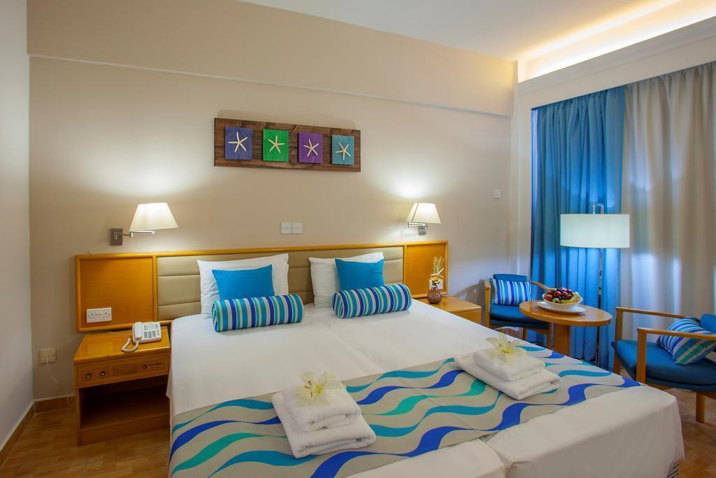 Фото Cavo Maris Beach Hotel