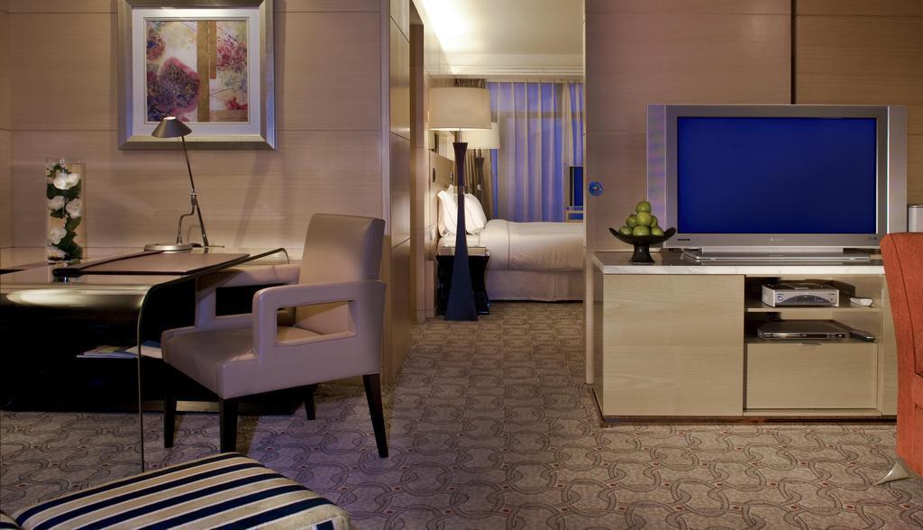 Отель The Westin Bund Center Shanghai Шанхай