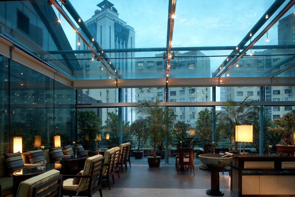 Фото Regal Shanghai East Asia