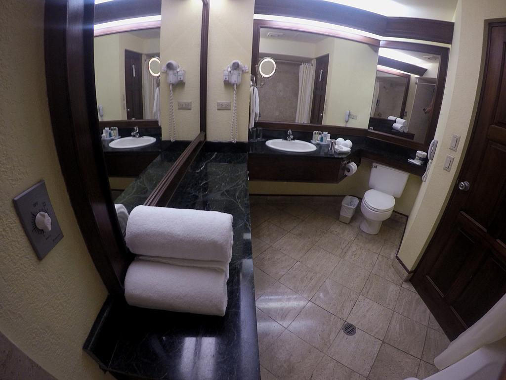 Отель Wyndham San Jose Herradura (ex. Ramada Plaza Herradura) Сан-Хосе