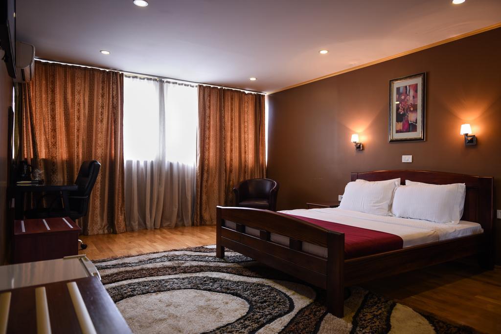 Super 8 Hotel Македония Скопье