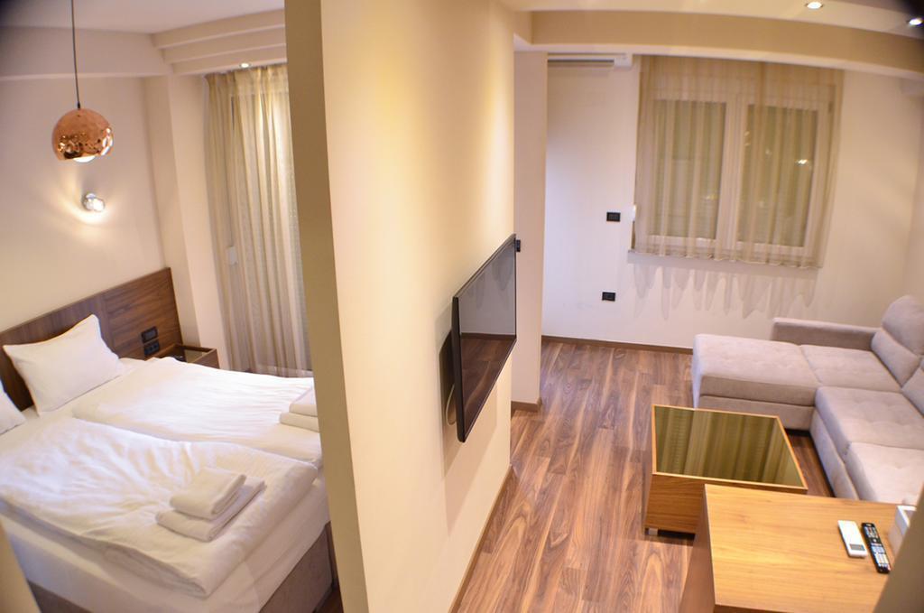 Фото Vlaho Hotel Скопье