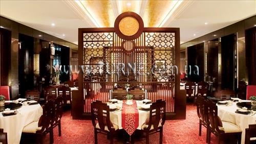 Отель The Ritz Carlton Куала-Лумпур