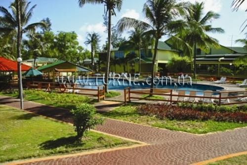 Отель Tuaran Beach Resort Малайзия о. Борнео