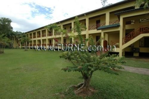 Отель Tuaran Beach Resort о. Борнео