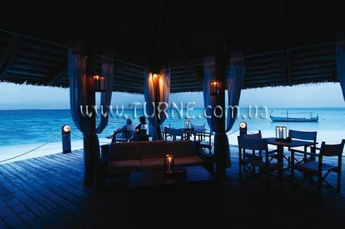 Diamonds Thudufushi Beach & Water Villas Ари Атолл