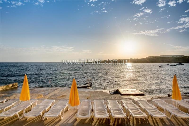 Sunny Coast Resort Club Аура