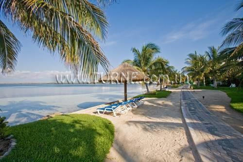 Фото Sunset Marina Resort & Yacht Club Мексика