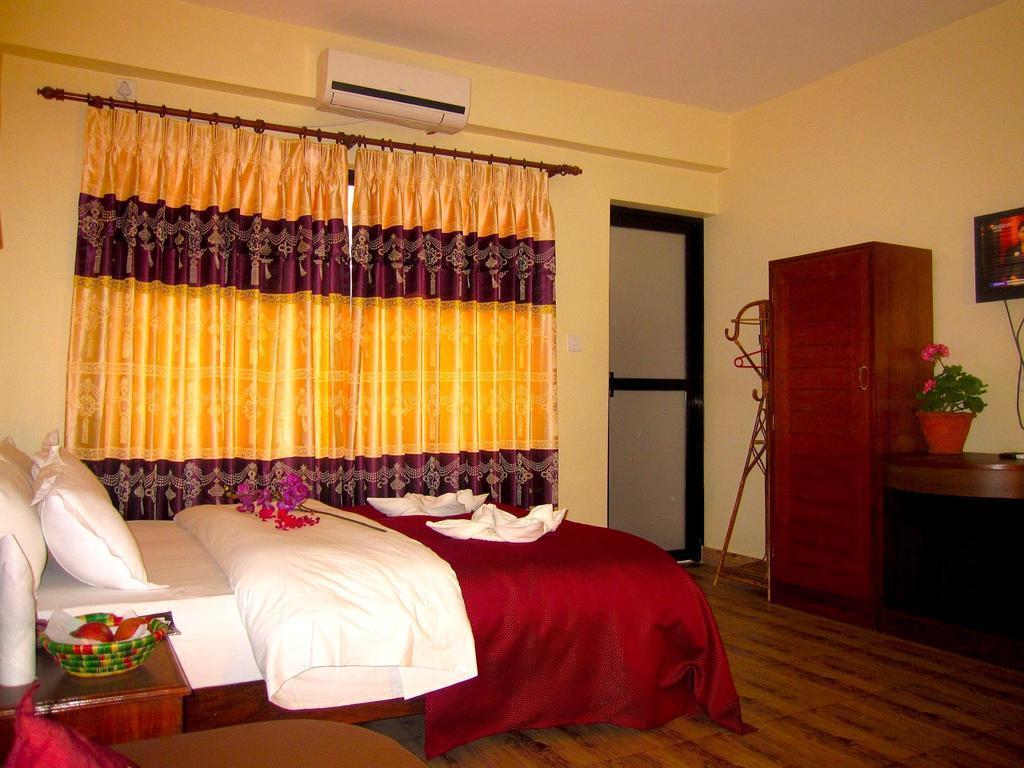 Фото Hotel Orchid Покхара