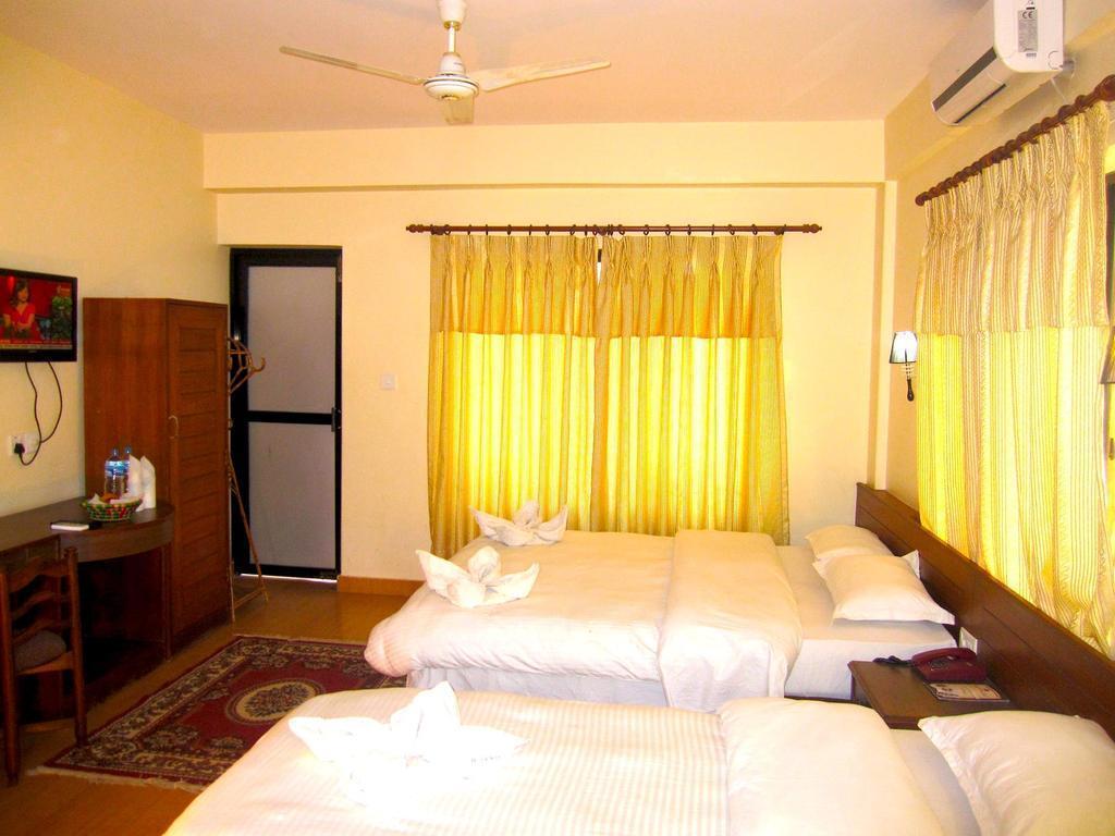 Отель Hotel Orchid Покхара