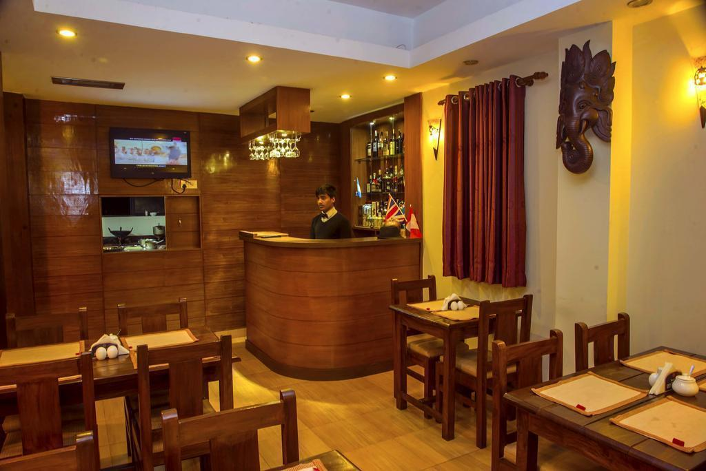 Hotel Tara Покхара