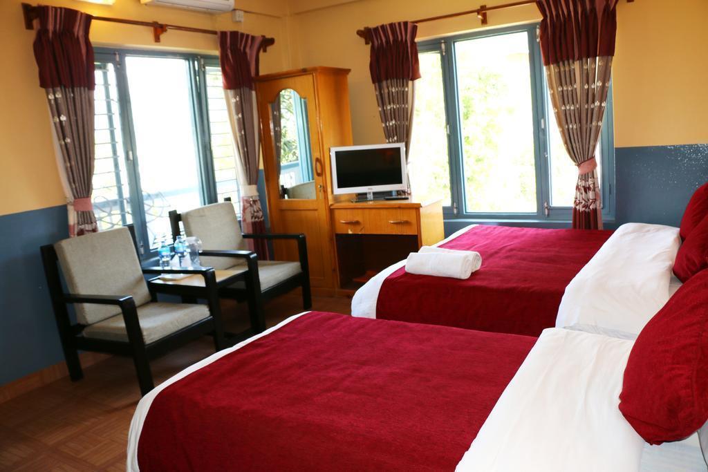 The Silver Oaks Inn Непал Покхара