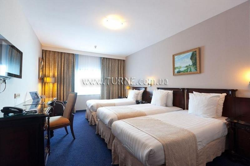 Фото Best Western Plus Hotel Blue Square 4*