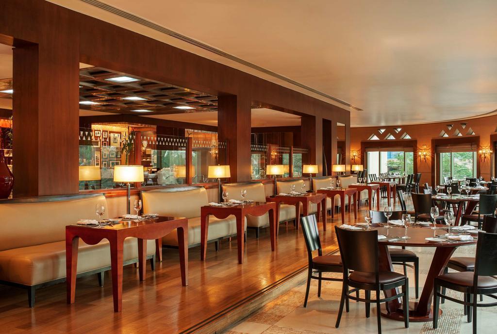 Фото Sheraton Abu Dhabi Resort & Towers