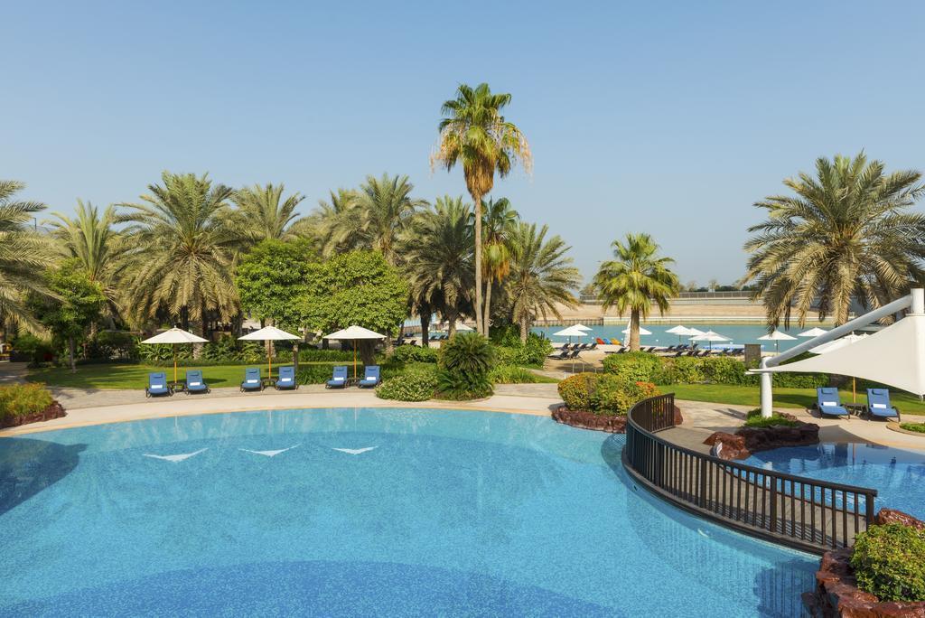 Отель Sheraton Abu Dhabi Resort & Towers ОАЭ Абу-Даби