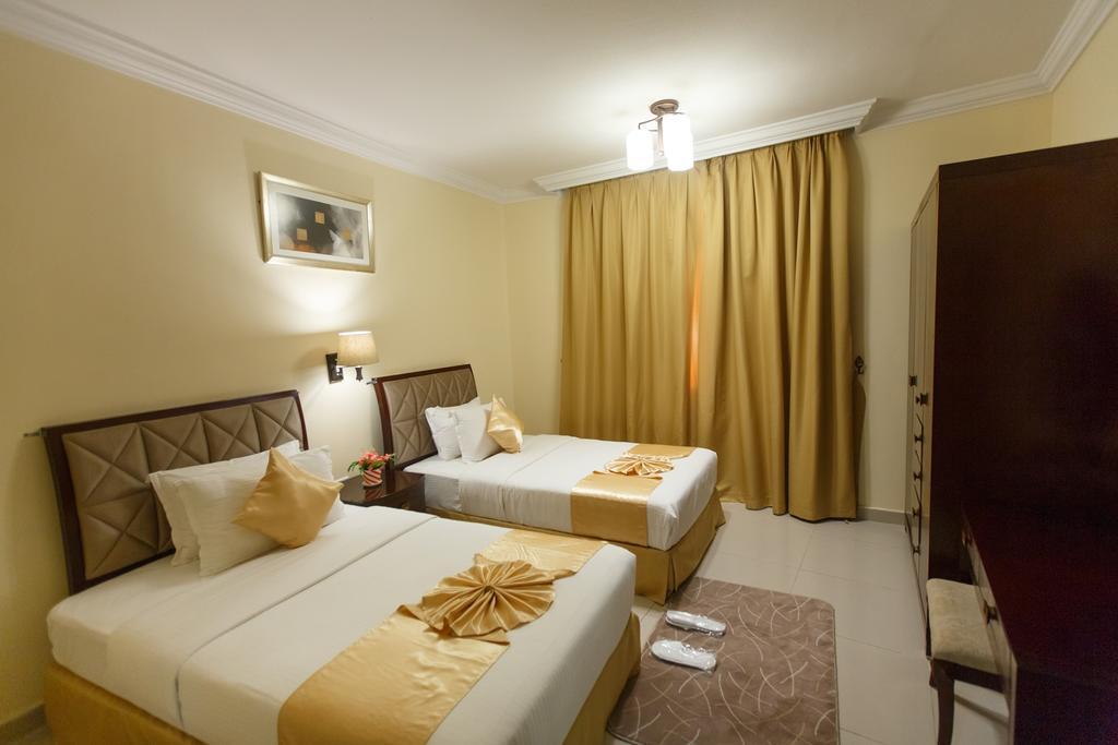 Отель Crowne Palace Hotel Ajman Аджман