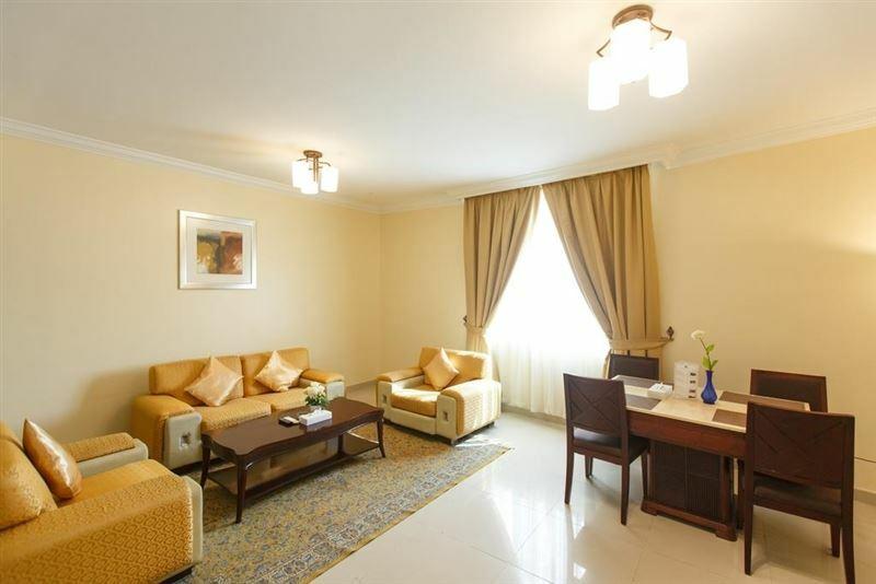 Фото Crowne Palace Hotel Ajman Аджман
