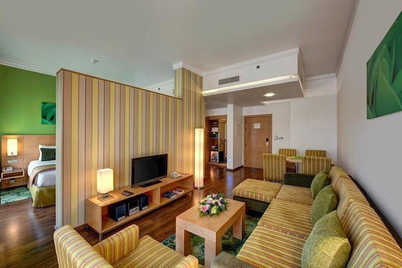 Фото Alkhoory Executive Hotel Albada 3*