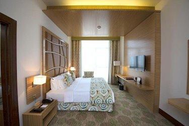 Best Western Plus Pearl Creek Hotel 4*, ОАЭ, Дубай
