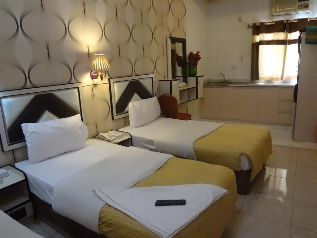 Фото Al Kawakeeb Hotel Дубай