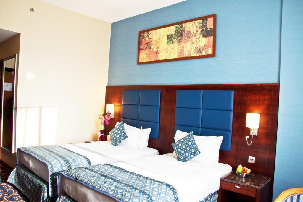 Отель Ramee Rose Дубай