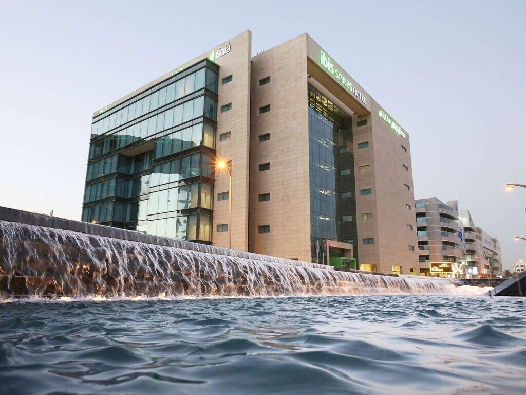 Фото Ibis Styles Dubai Jumeirah 3*