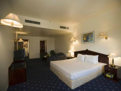 Фото Rush Inn Hotel