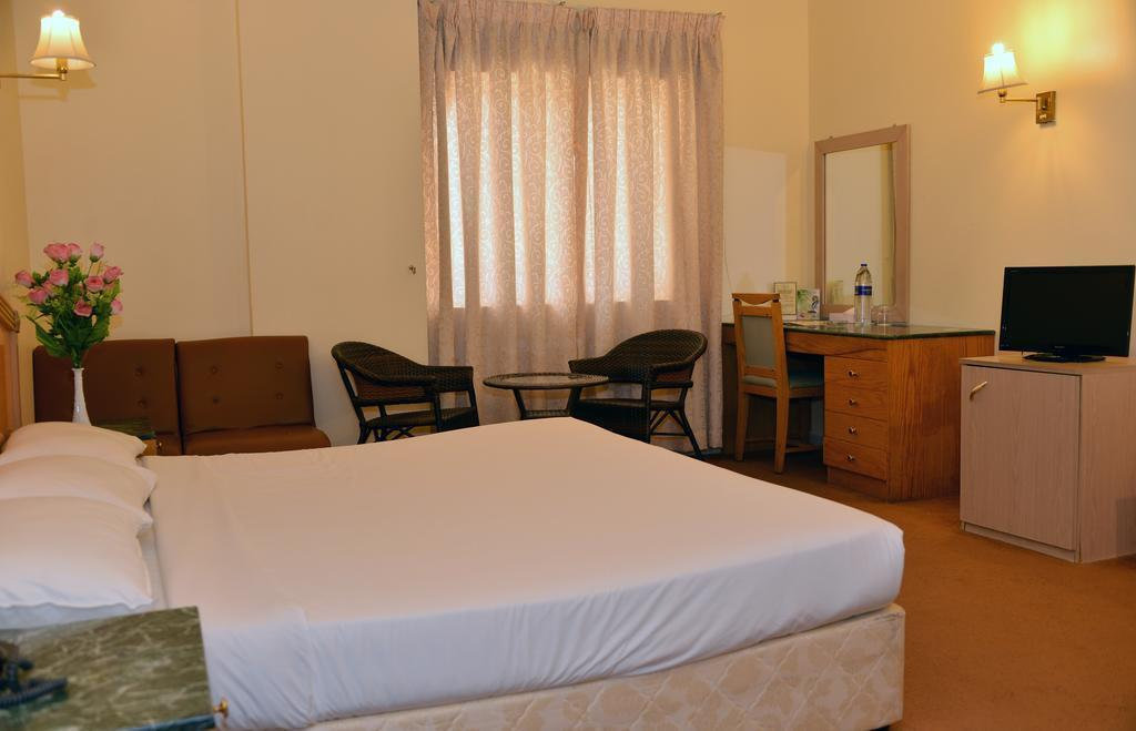 Отель Rush Inn Hotel Дубай