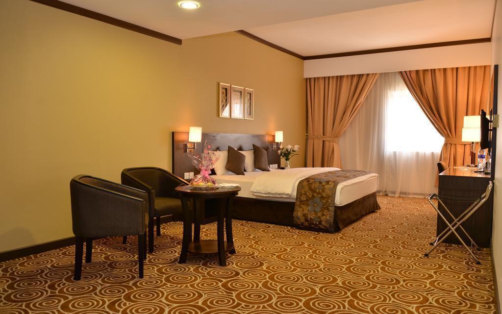Фото Rush Inn Hotel Дубай