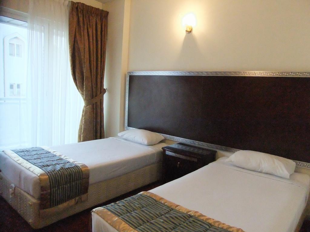 Отель Royal Plaza Hotel Apartments Дубай